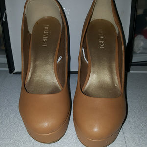 size 9 f21 heels